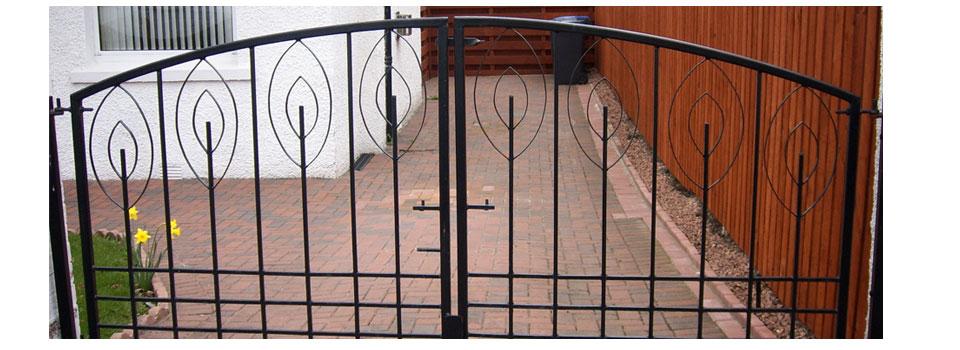 wrought-iron-railings-slide1